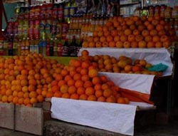 Oranges at a roadside fruit stand on my way to Nazca