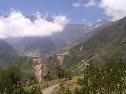 Pan Americana winds through the mountains on the road to Cuenca, Ecuador